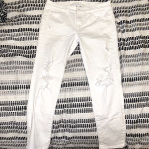 White American Eagle jeans size 8